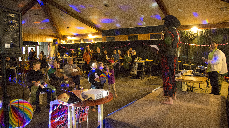 Whaea Ahika performing to audience